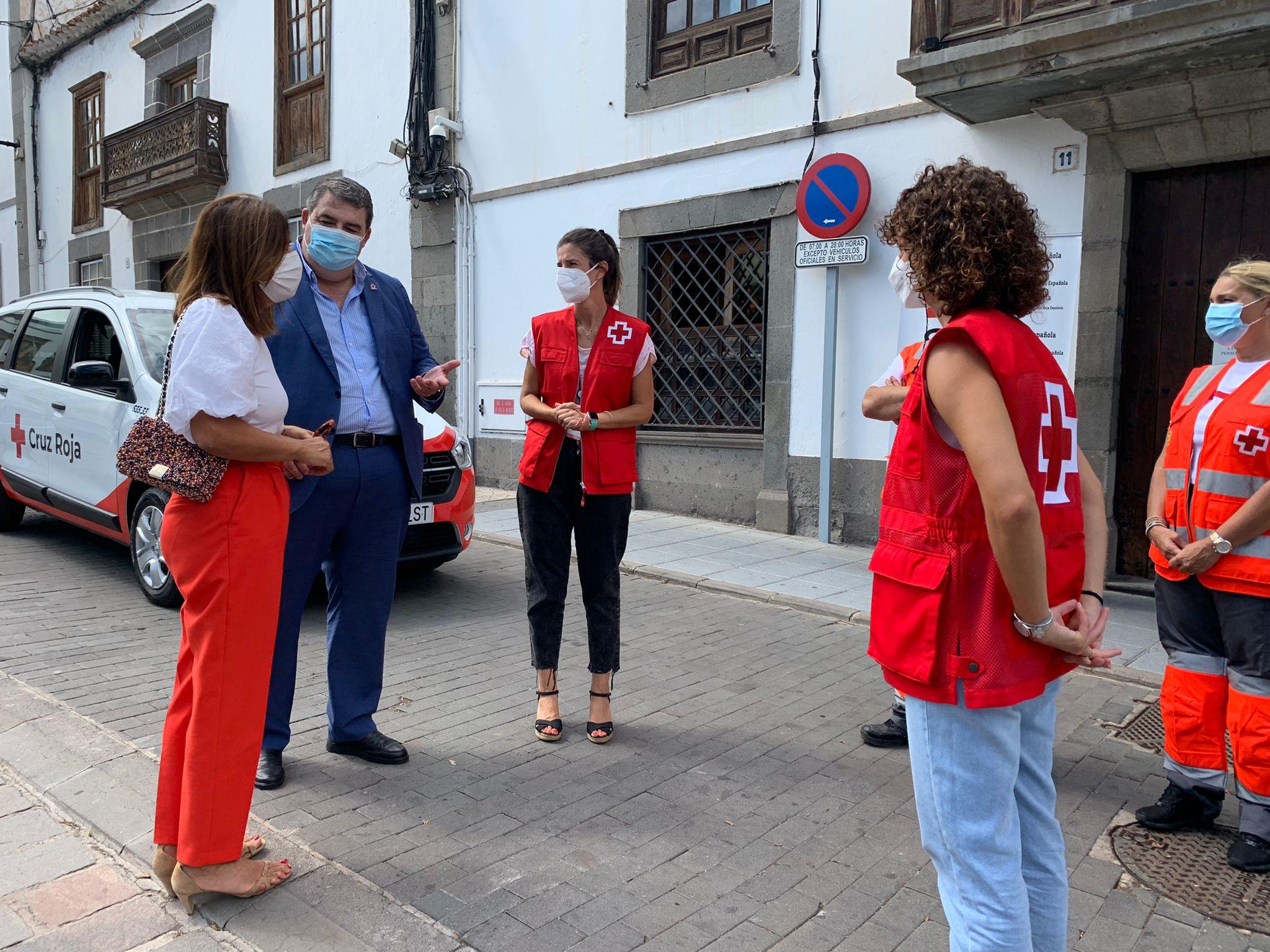 Dos nuevos vehículos para Cruz Roja en Telde / CanariasNoticias.es