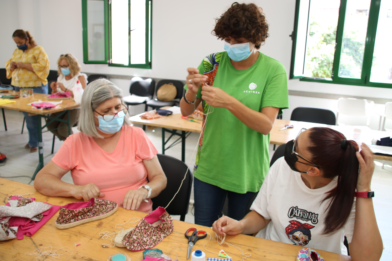 Taller de elaboración de alpargatas en Valleseco (Gran Canaria) / CanariasNoticias.es