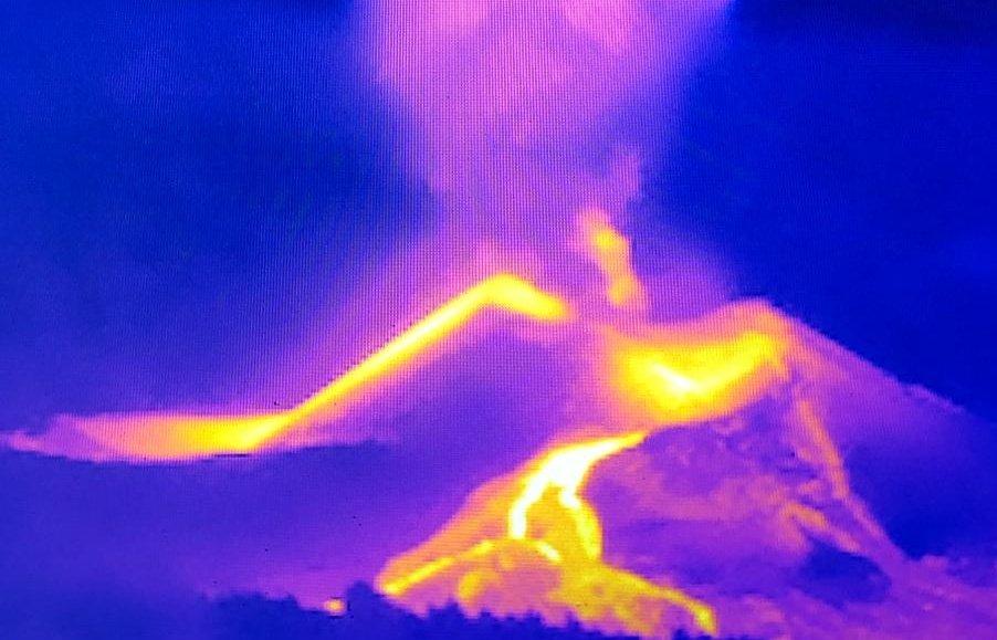 Nueva boca en el volcán/ canariasnoticias