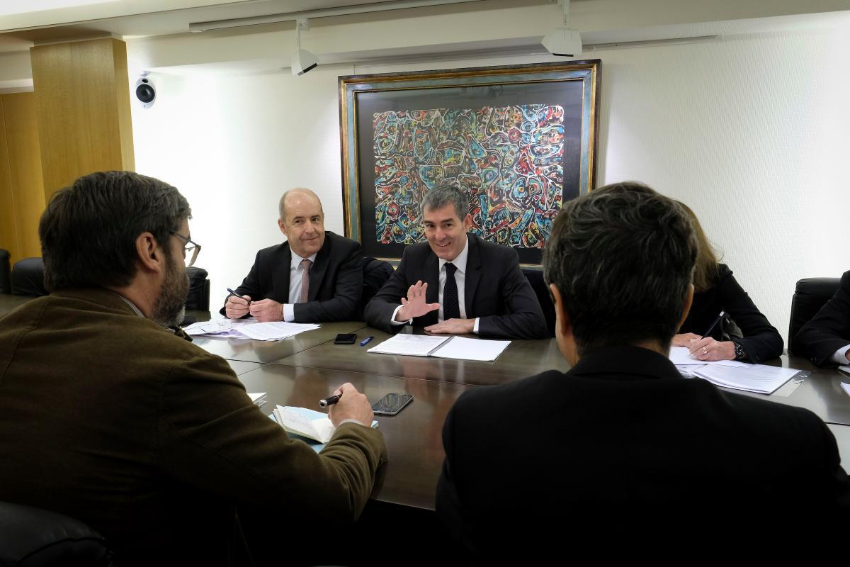 Fernando Clavijo presenta al embajador español en la UE el programa de la presidencia canaria de las RUP