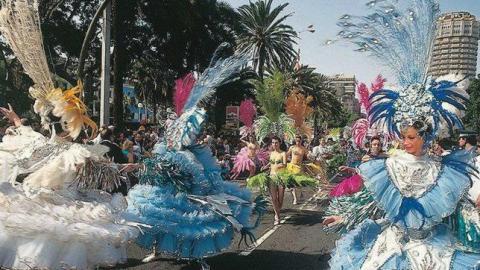 Grupo de comparsas en el carnaval de Las Palmas de Gran Canaria