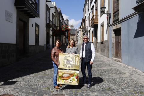 """Lourdes Armas en la presentación de las Jornadas Gastronómicas """"Vegueta Semana Santa"""""""