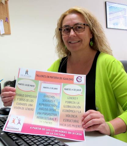 Sandra Pérez presenta los Talleres de Igualdad