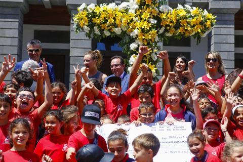 Escolares en el Concurso de Cruces de Mayo