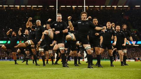 """El equipo de rugby """"All Backs"""""""