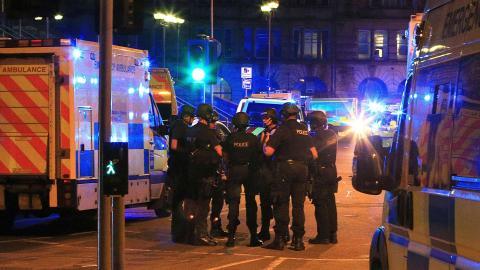 Policías en el atentado de Manchester
