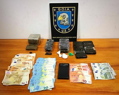 Droga y dinero incautados por la Policía Local de Las Palmas de Gran Canaria