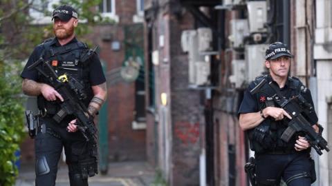 Dos policías en el Reino Unido