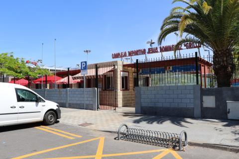 Exterior del Polideportivo Jesús Domíguez Grillo de Los Cristianos