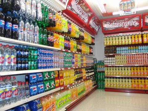 Refrescos en un supermercado