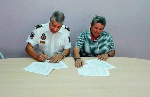 Rosa Chinea, alcaldesa de Agulo y Jose Juan Padilla