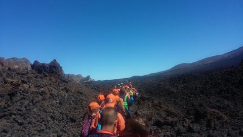Senderistas en la ruta de Tajinaste de Tenerife