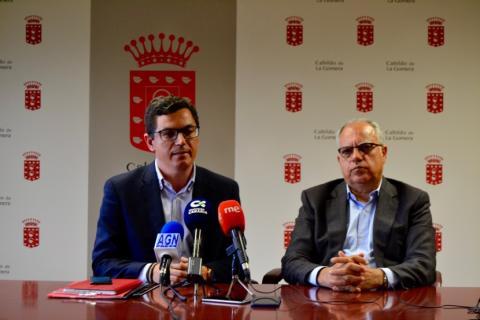 Pablo Rodríguez y Casimiro Curbelo en La Gomera