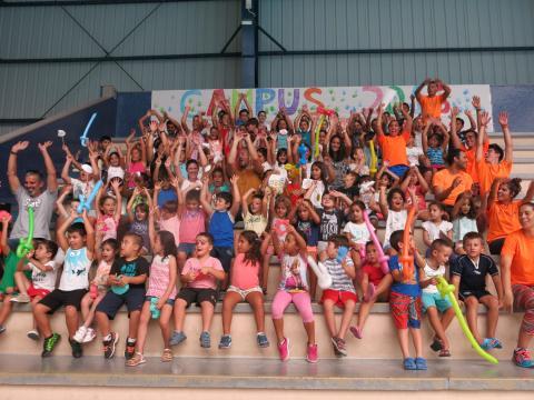 Niños en el Campus deportivo de verano