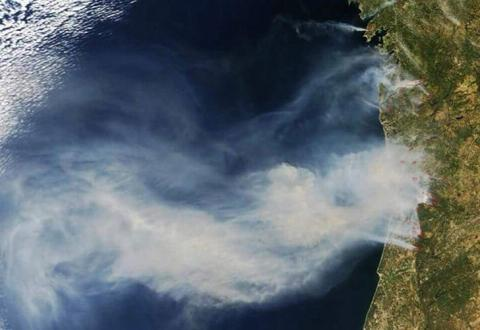 Incendio de Portugal visto desde el espacio