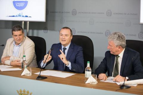 Augusto Hidalgo, Javier Doreste y Pedro Quevedo