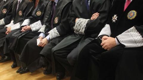 Togas de jueces