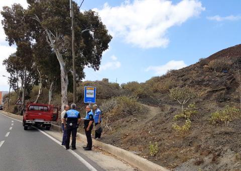 Policía Local de Telde con los infractores