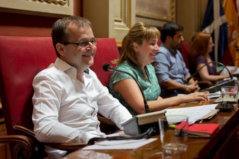 Ramón Trujillo en el Pleno del Ayuntamiento de Santa Cruz de Tenerife