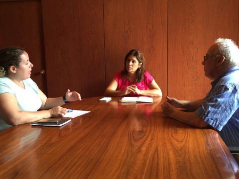 Carmen Hernández con el Comité de empresa de bares y cafeterías
