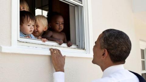 Barack Obama con niños