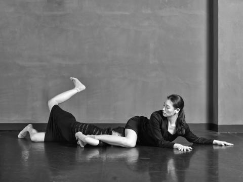 Dos bailarinas