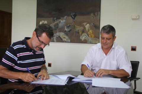Marcial Morales, y el alcalde de Tuineje, Salvador Delgado