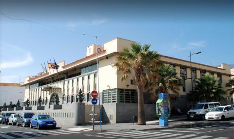 Fachada del ayuntamiento de Candelaria