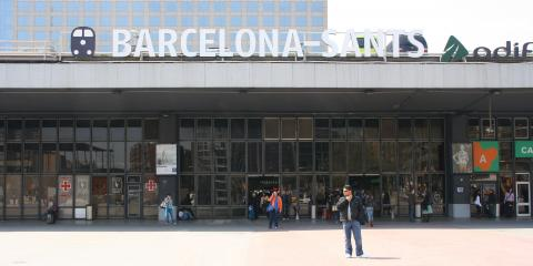 Fachada de la estación de Sants en Barcelona