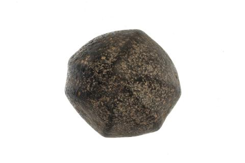 Esferoide de basalto donada por un particular