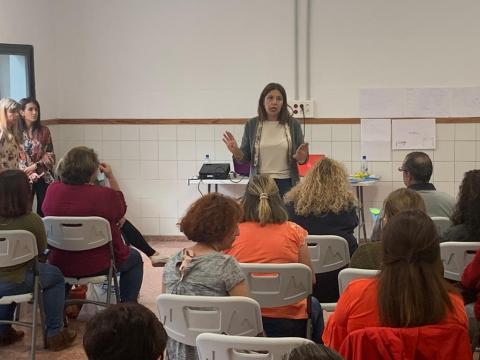 Carmen Hernández y los trabajadores de las escuelas infantiles de Telde