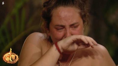Rocío Flores llora al enterarse de la crisis del coronavirus