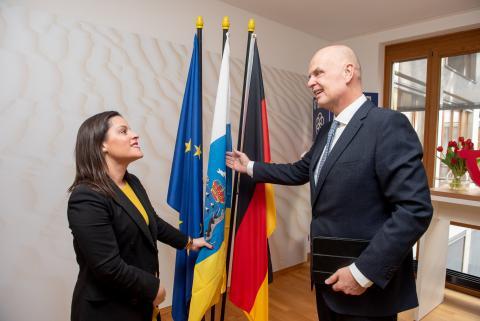 Yaiza Castilla y Thomas Ellerbeck