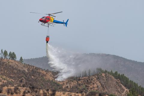 Helicóptero contraincendios. Gran Canaria
