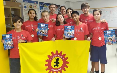 Equipo de  Tenerife Aldeatrón Robotix. Campeón del Mundo de la First Lego League