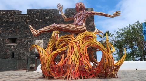 Escultura de Luigi Stinga. Puerto de la Cruz