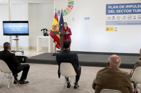 Canarias pide en Madrid la ampliación de los Ertes hasta diciembre