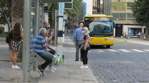 Parada de Guaguas Municipales. Las Palmas de Gran Canaria