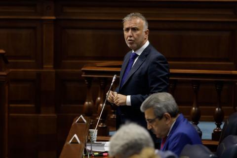 Ángel Víctor Torres en el Parlamento de Canarias