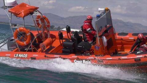 Embarcación de la Cruz Roja