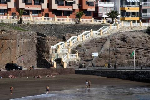 Ascensor panorámico para unir el paseo de Taliarte con la playa de Melenara. Telde. Gran Canaria