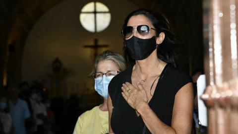 Paz Padilla en el entierro de su marido
