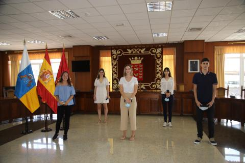 Felicita a los cinco alumnos lanzaroteños con las mejores notas en la EBAU