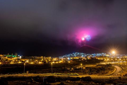 Volcán de las Fiestas Mayores anuncia que Gáldar. Gran Canaria