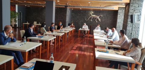 Reunión de la Asociación de Municipios Turísticos de Canarias