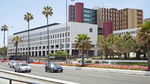 Complejo Hospitalario Universitario Insular Materno Infantil