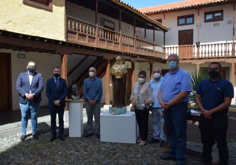 Gáldar recibe la donación de dos obras del escultor Juan Borges Linares