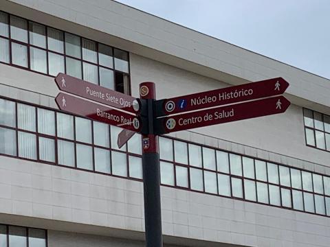 Instalación de señales direccionales turísticas en Telde. Gran Canaria