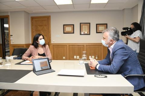 Vidina Espino reunida con Ángel Víctor Torres, presidente del Gobierno de Canarias