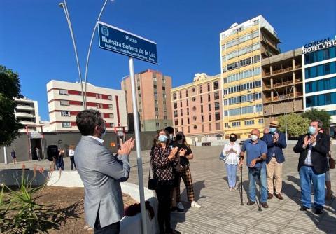 Las Palmas de Gran Canaria dedica la Plaza de La Luz al poeta y escritor Arturo Maccanti  / CanariasNoticias.es